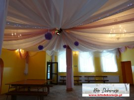 dekoracja sali w Zwierniku