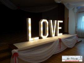 Świecące LOVE